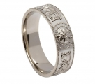 Celtic Warrior Shield Ring 6mm wide .