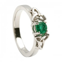 Emerald Trinity Knot Ring Emerald w gold